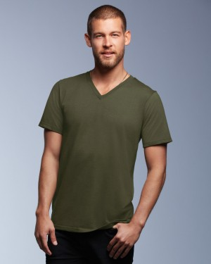 Anvil's Fashion Men's Basic V-neck Tee